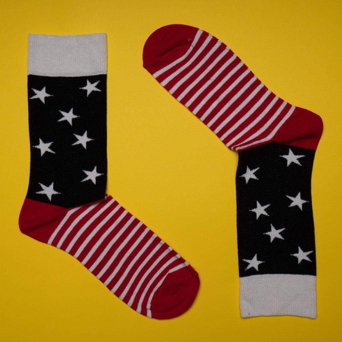 Men's Star Socks In Red - Black - White