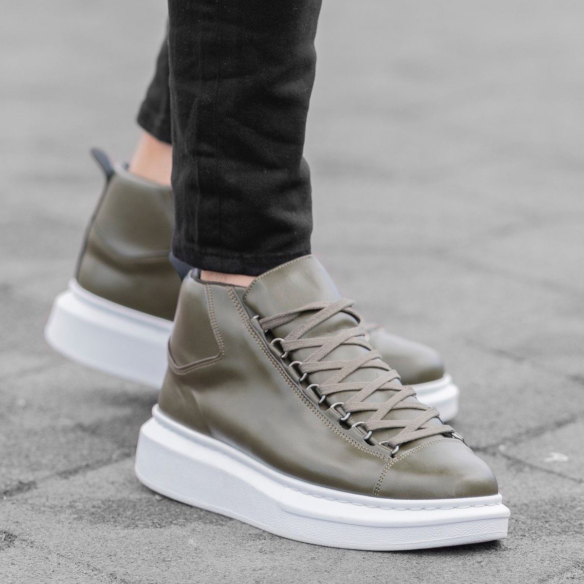 Hype Sole Mox High Top...