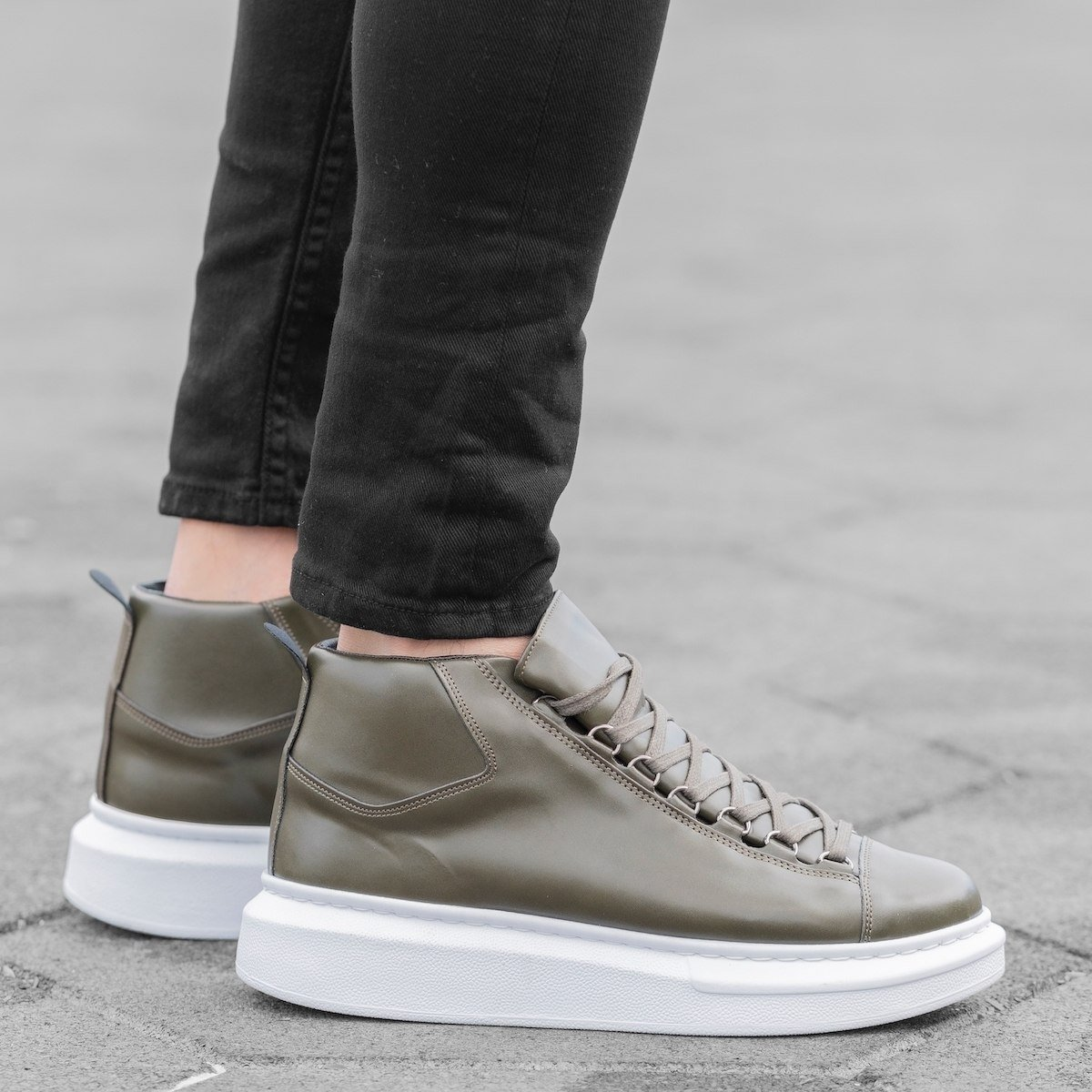 Hype Sole Mox Boots in Khaki