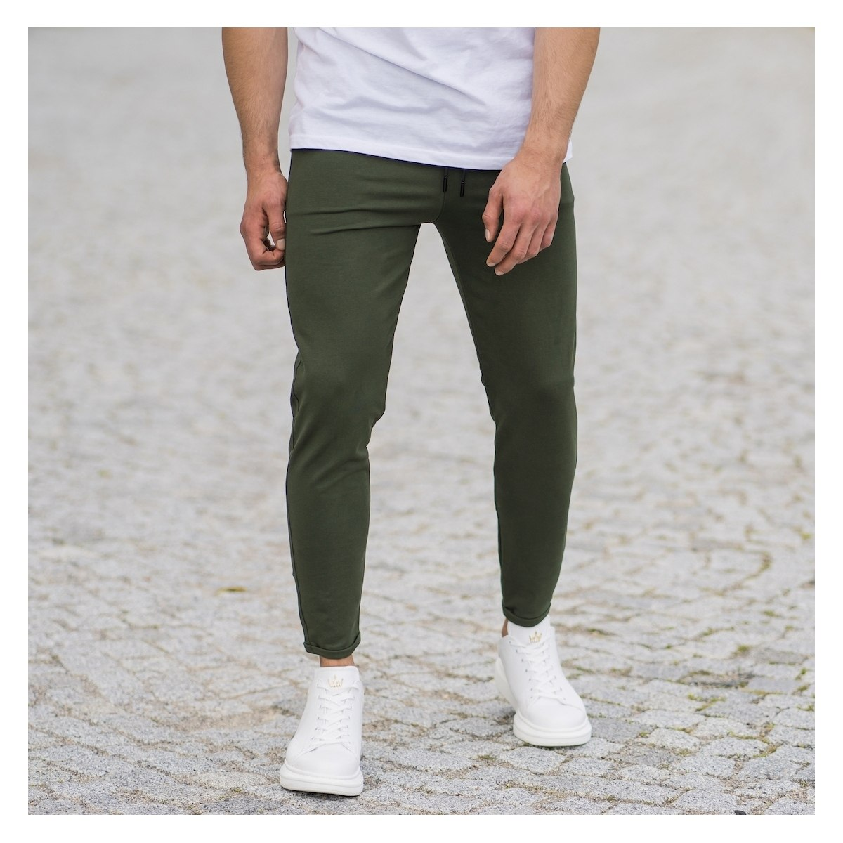 Men's Skinny Basic SweatPants In Khaki