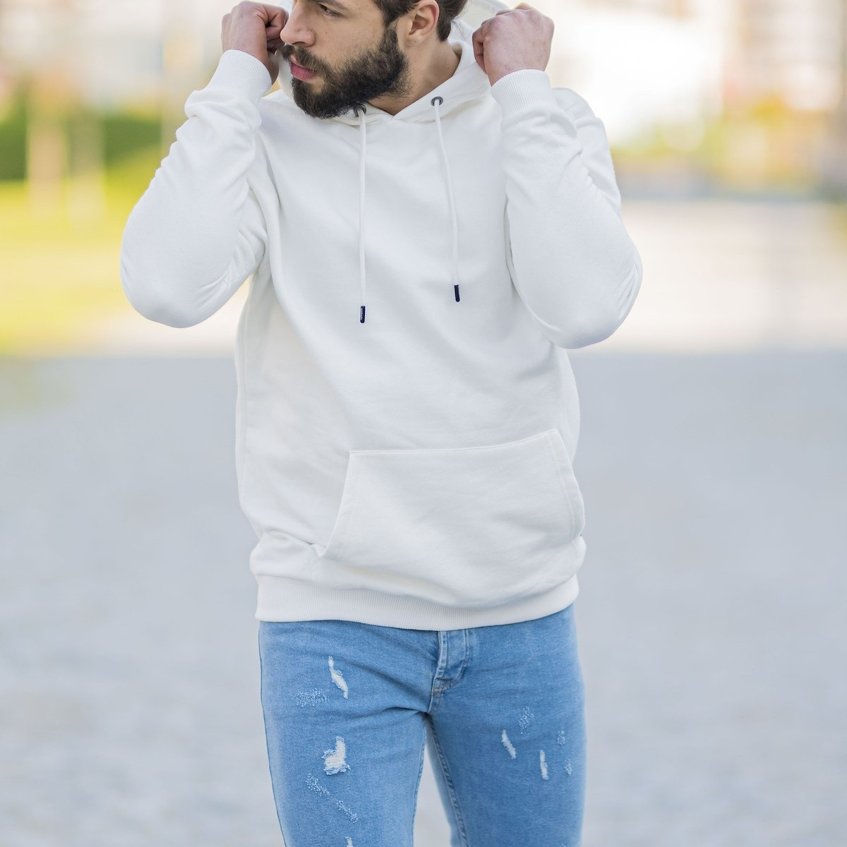 Men's Basic Hoodie In White