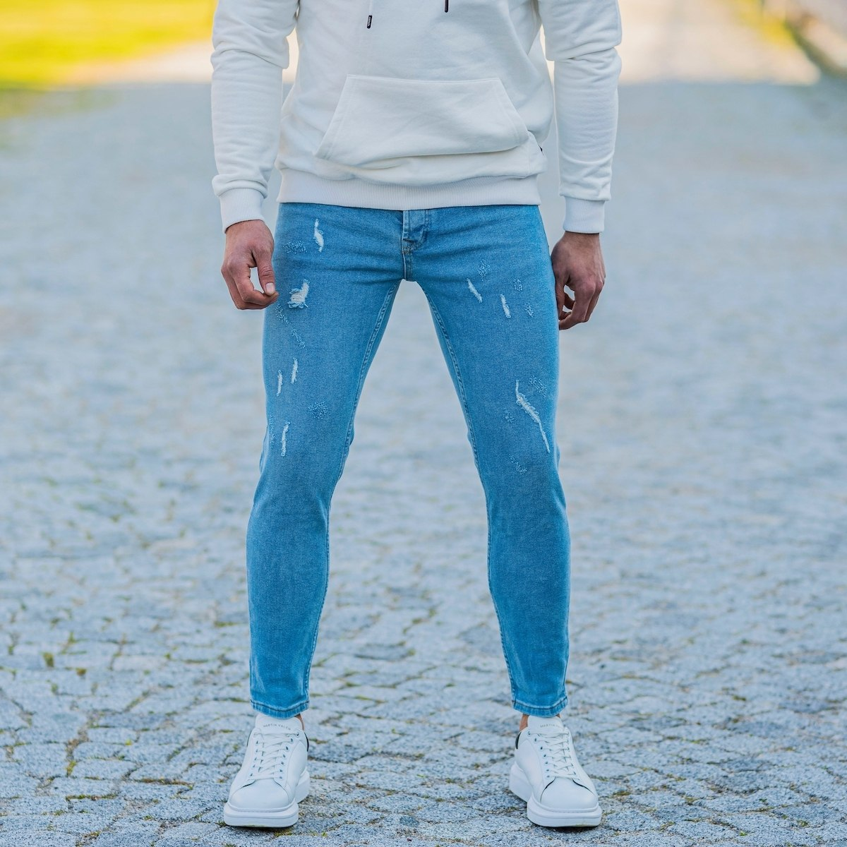 Men's Distorted Jeans In Ice Blue