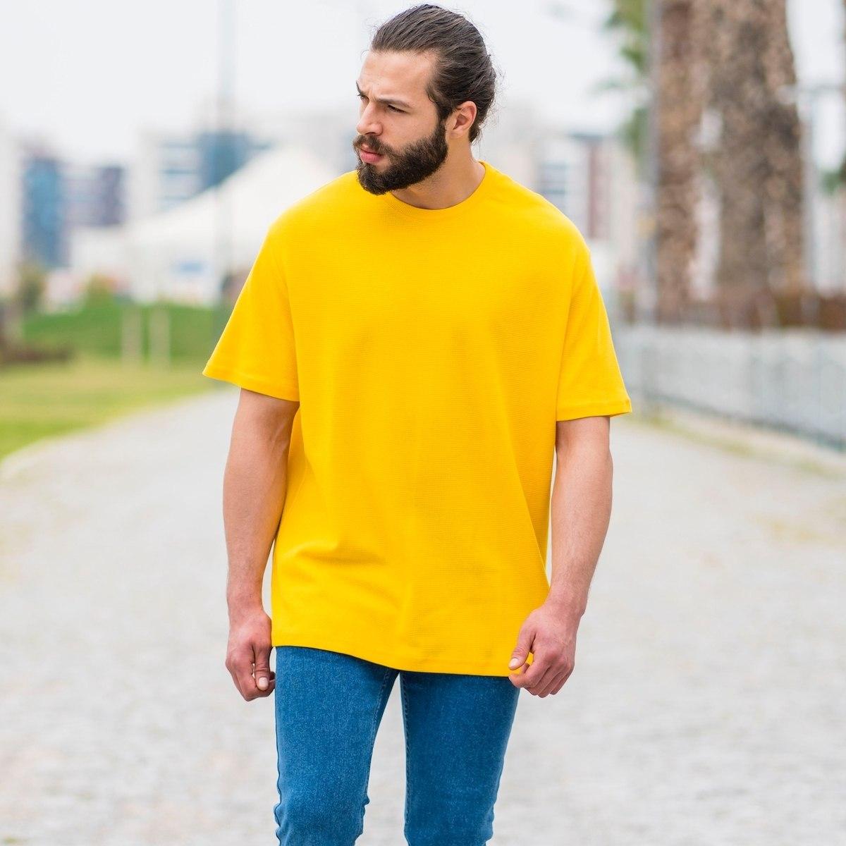 Men's Dotwork Oversize T-Shirt In Yellow