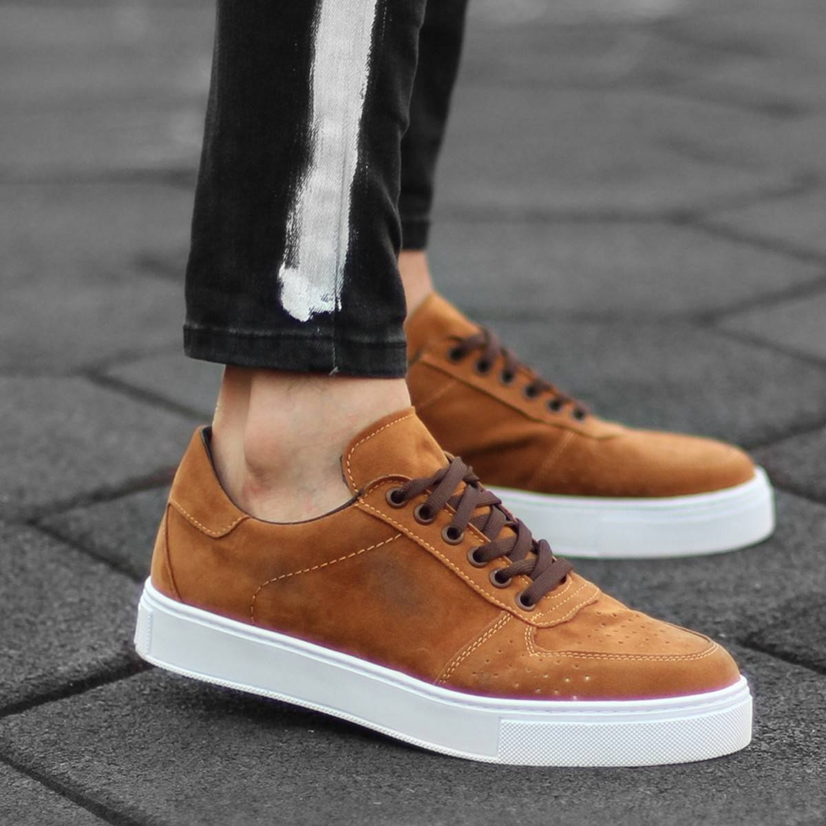 MV Tan Suede Low-Cut Sneakers