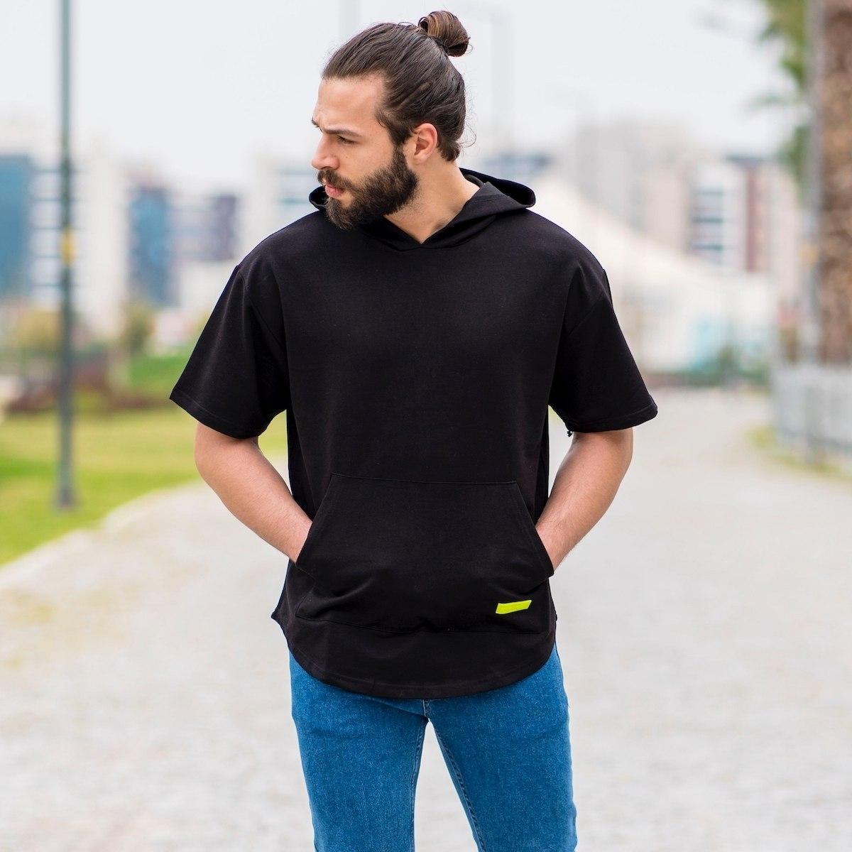 Pocket Style Hoodie in Black