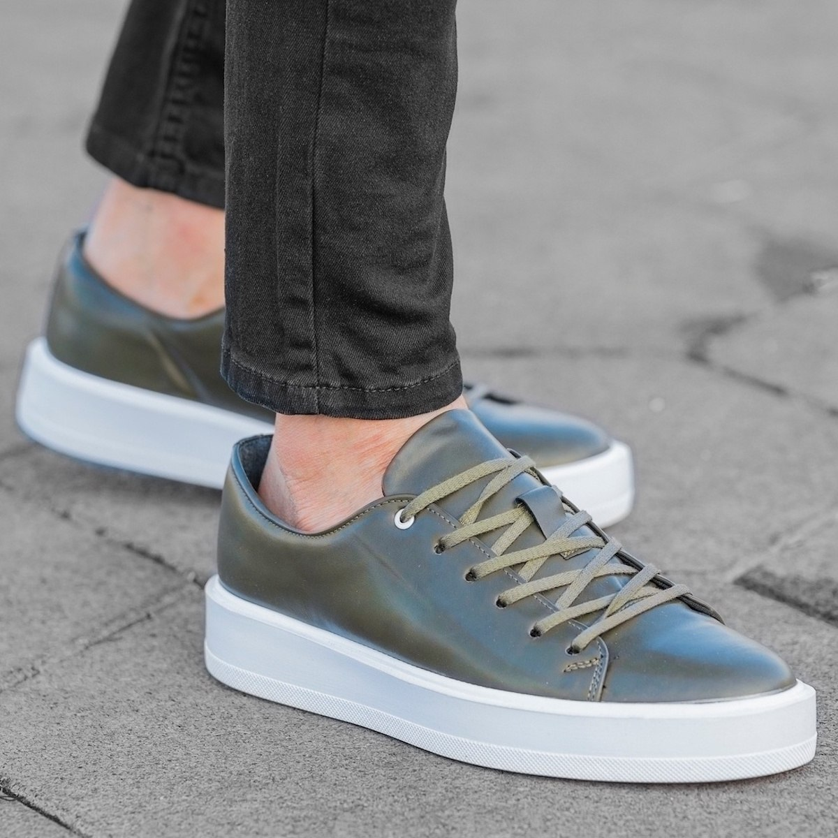 Men's Flat Sole Sneakers In...