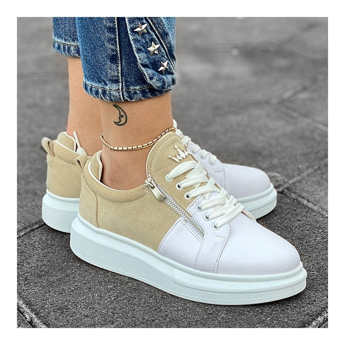 Women's Hype Sole Zipped Style Sneakers In Latte-White