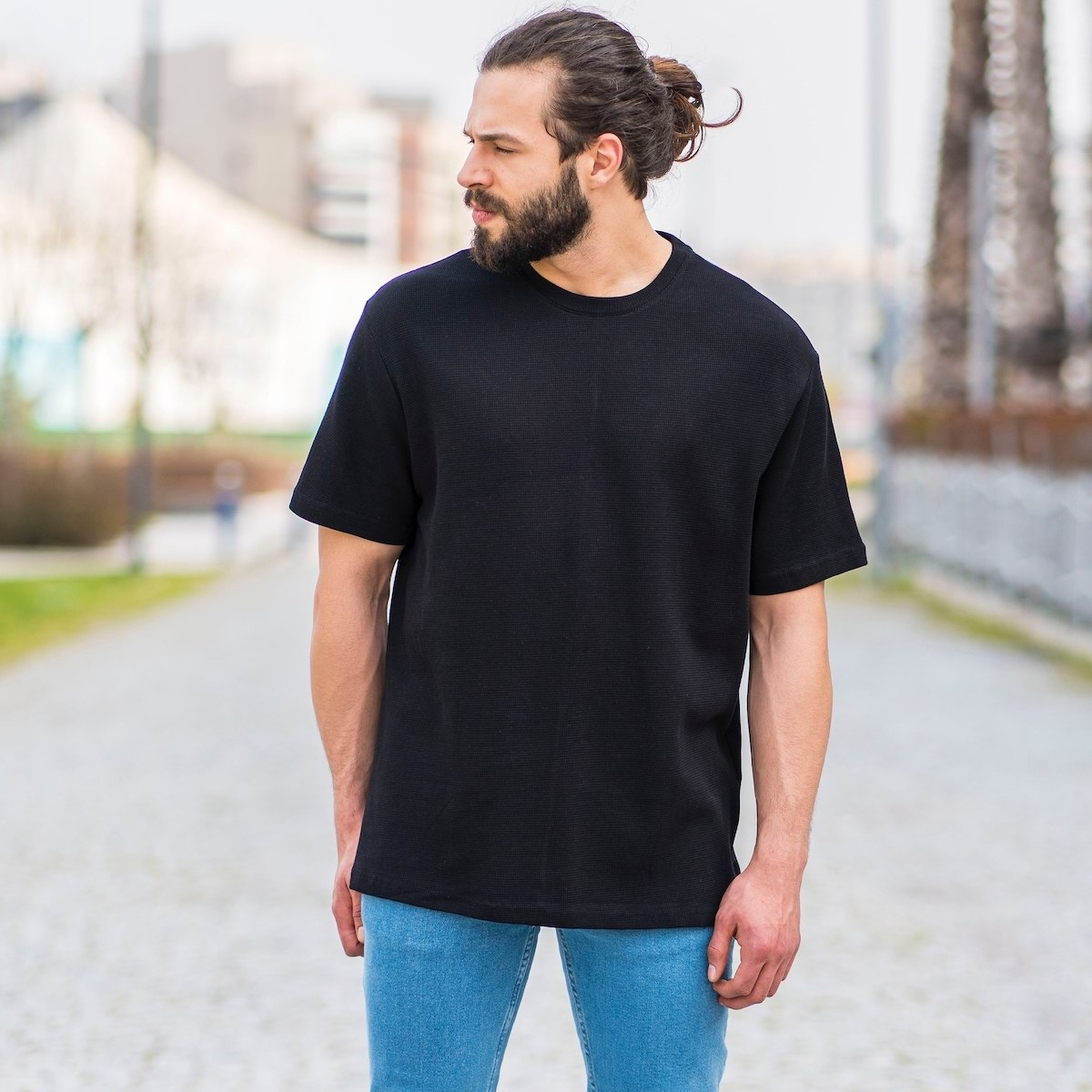 Men's Dotwork Oversize T-Shirt In Black