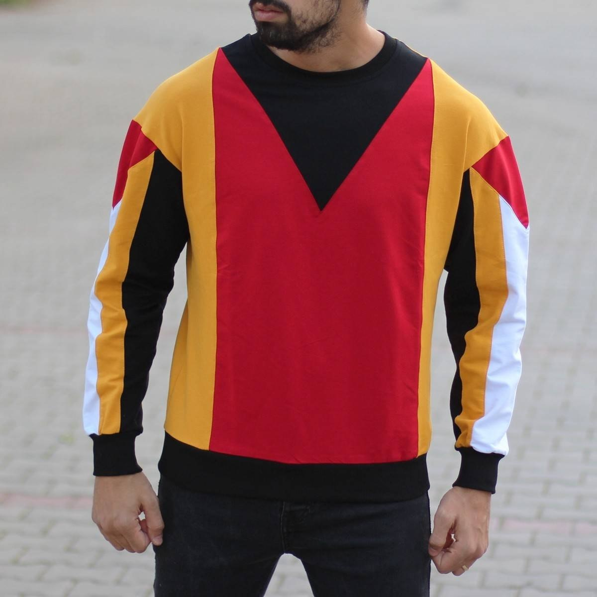 Men's Geometric Sweatshirt...