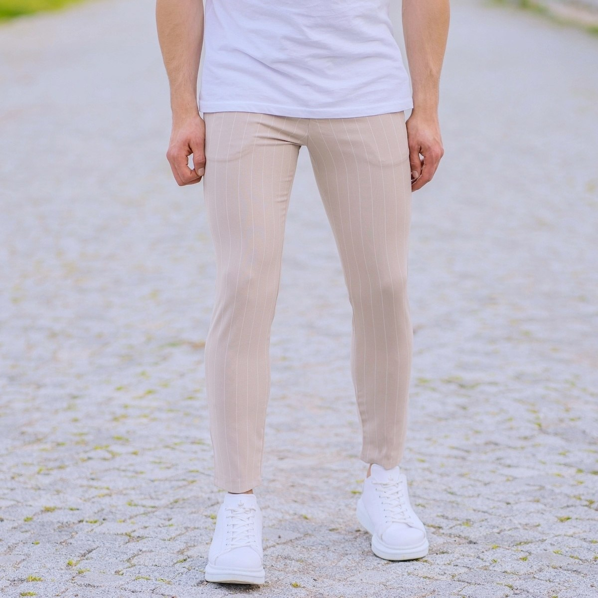 Stone Cream Trousers With White Stripes and Chain