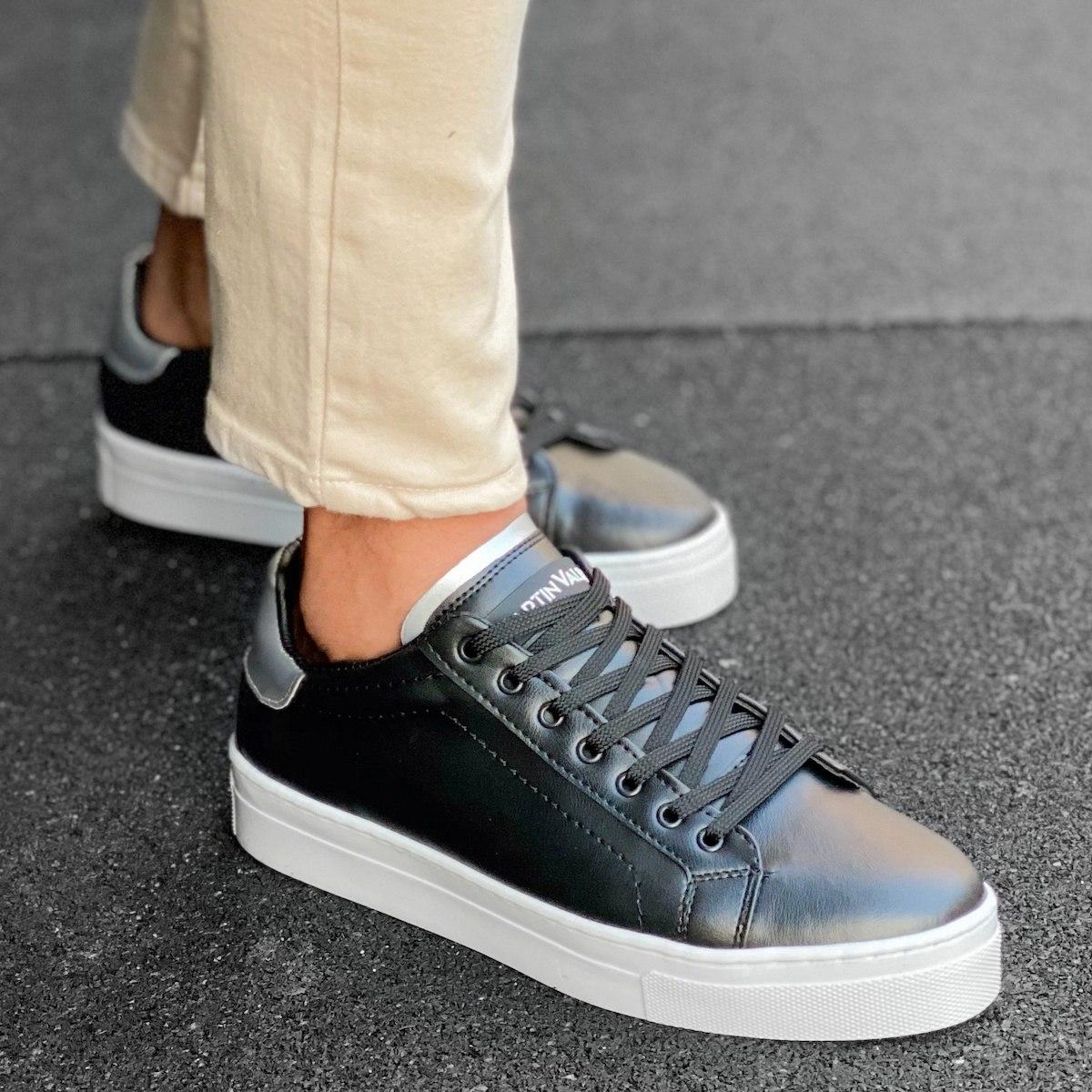 Men's Flat Sole Low Sneakers In Black-Silver