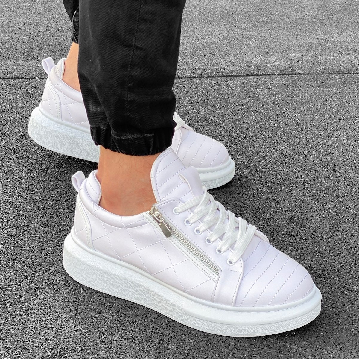 Casual Sneakers With Stitch and Side-zip Design in White