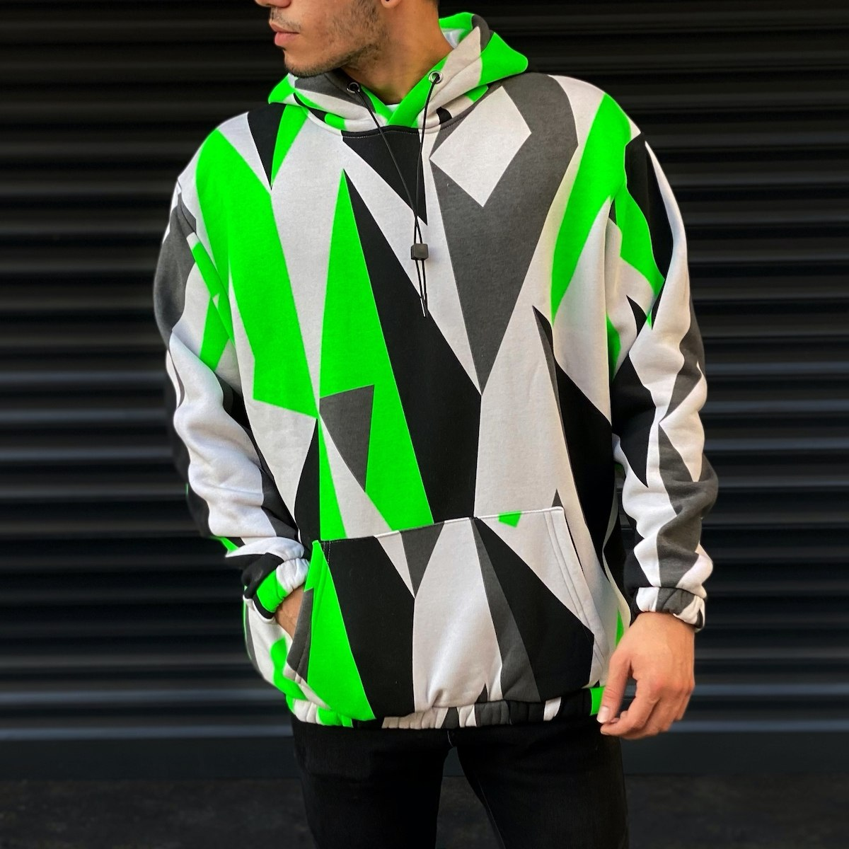 Men's Triangle Detailed Sweatshirt In Green
