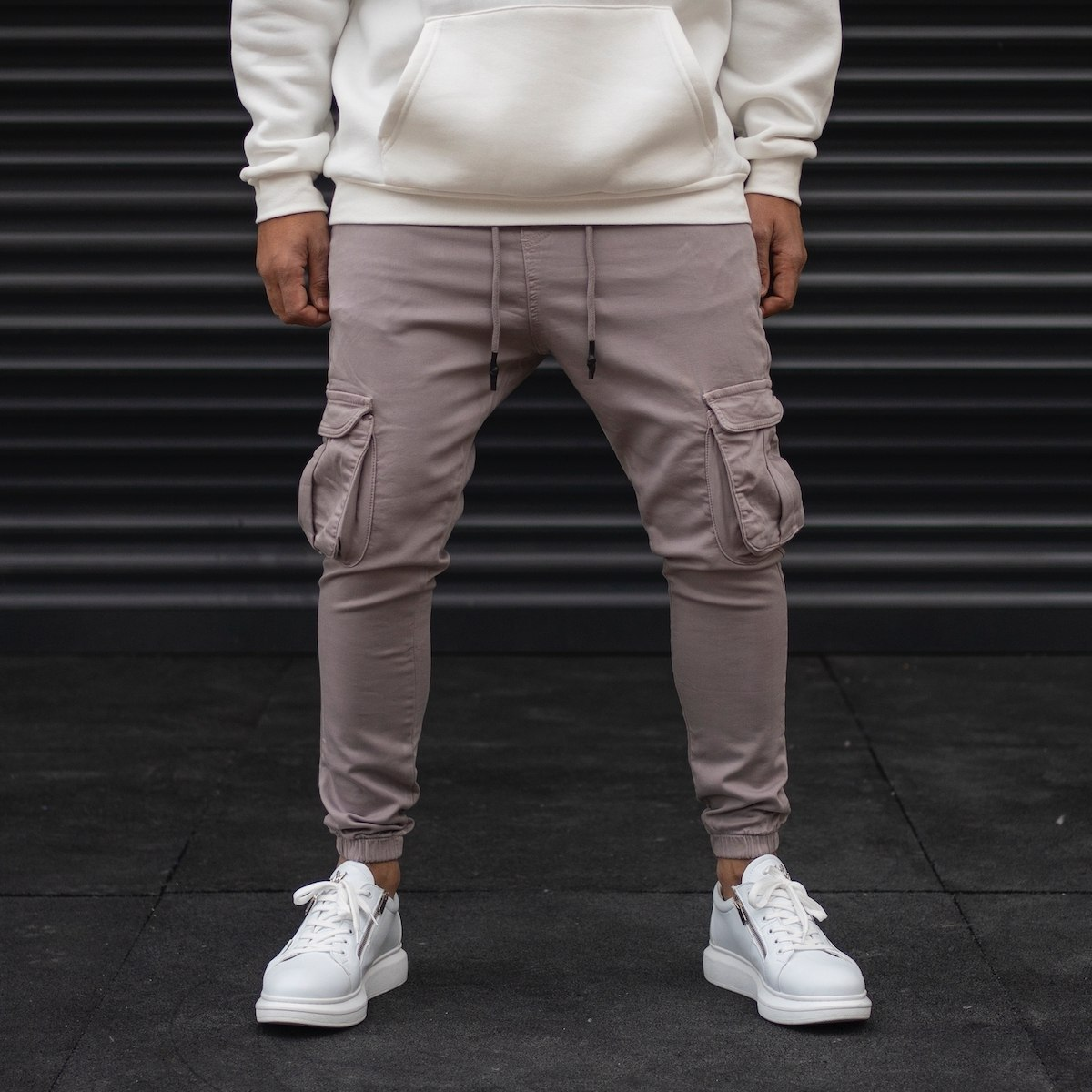 Men's Cargo Joggers With Pockets In Gray