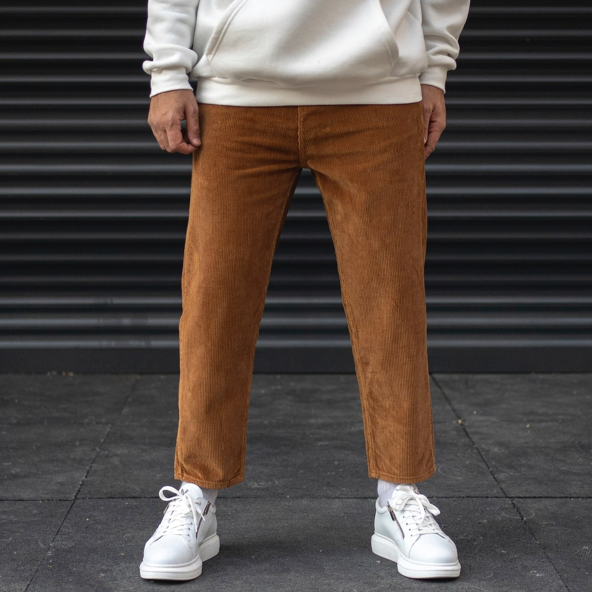 Men's Boyfriend Velvet Trousers In Taupe