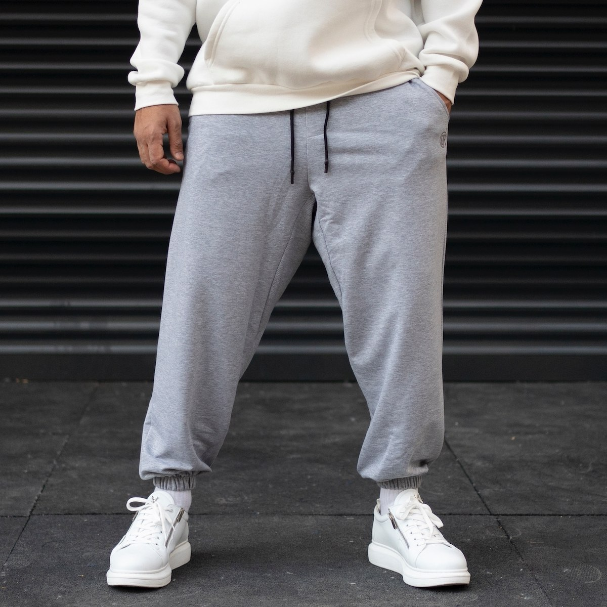 Men's Oversize Wide Cut Elastic Hem Sweatpants In Gray
