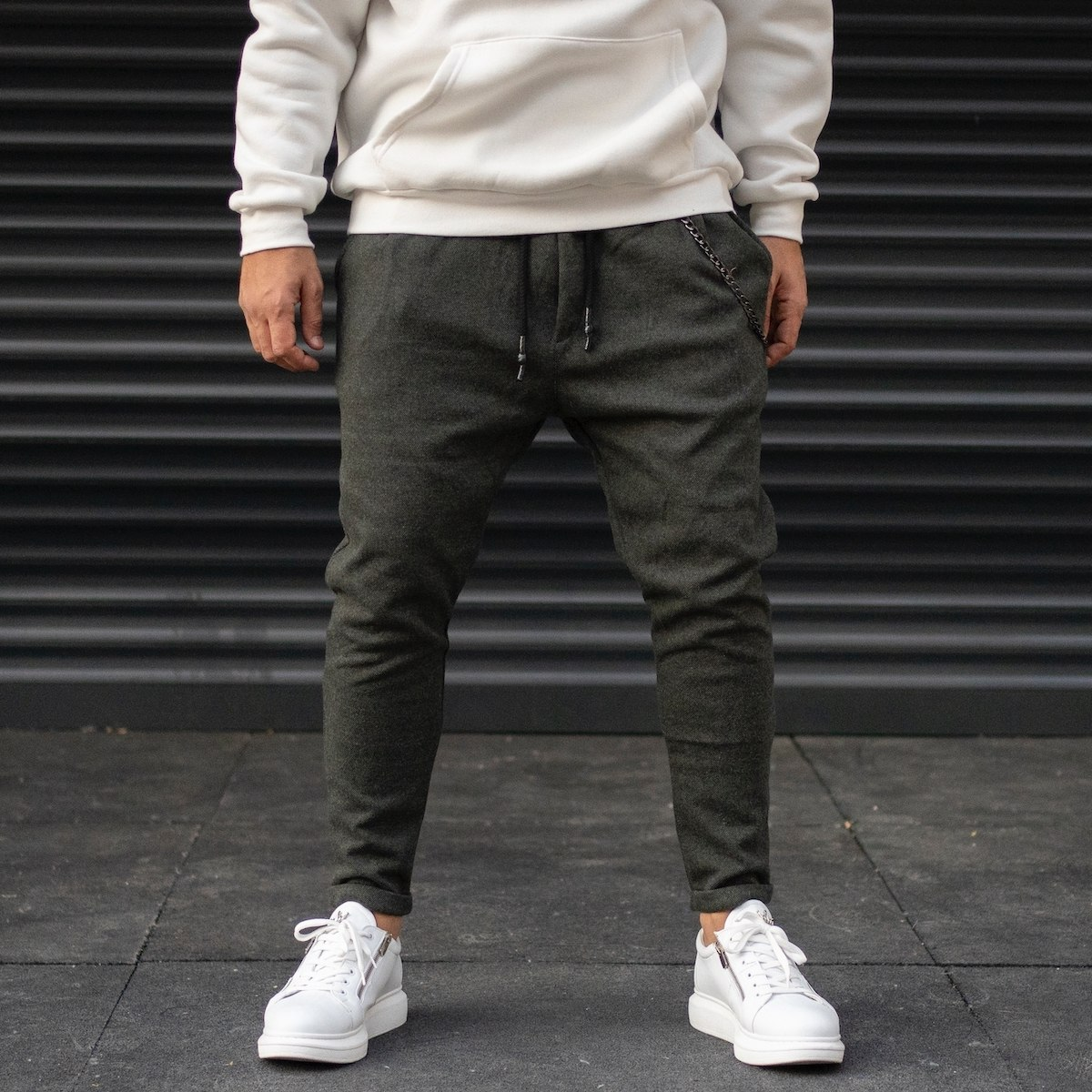 Men's Cachet Textured Sweatpants With Chain Detail In Dark Khaki