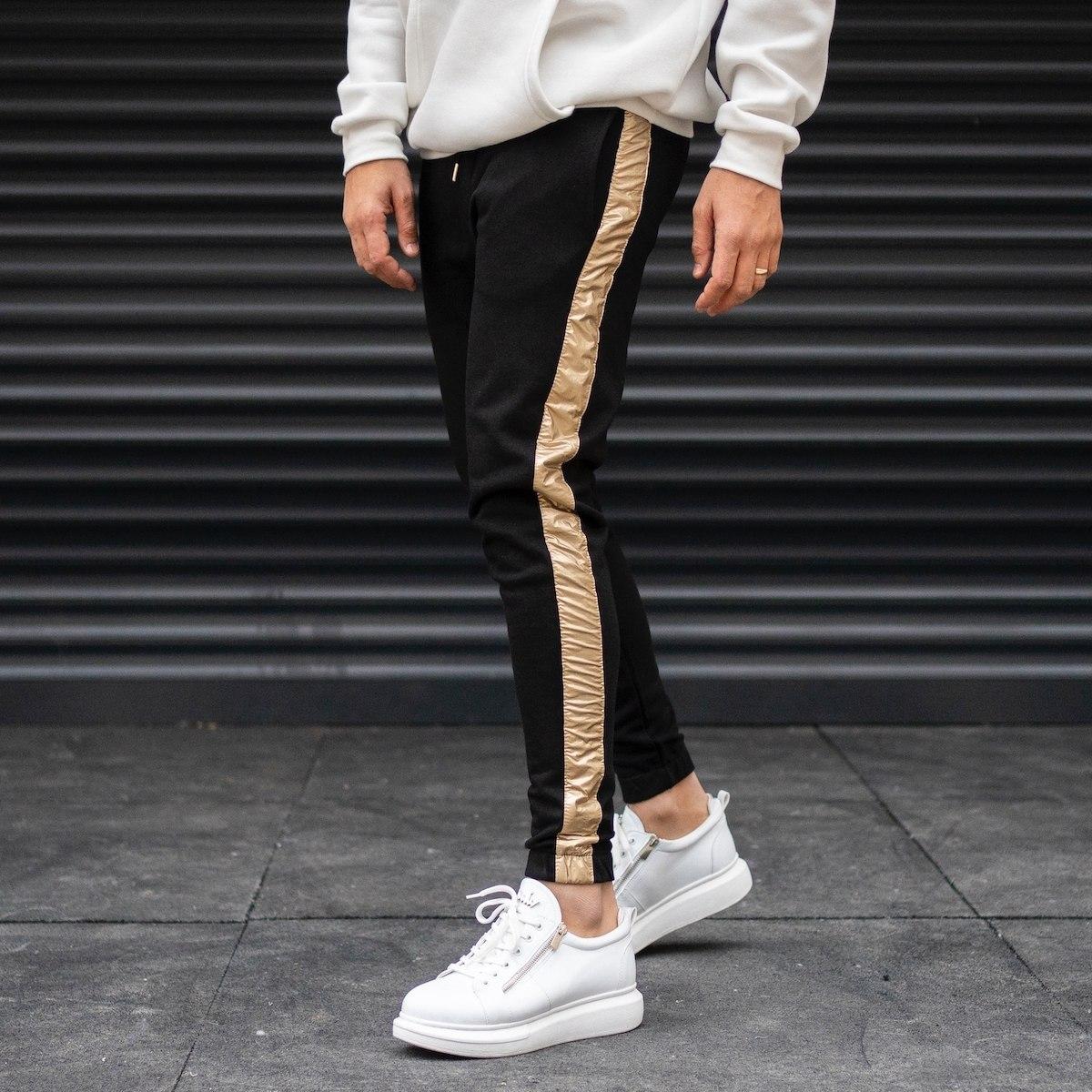 Men's Side Gold Striped Jogger Sweatpants With Elastic Hem In Black