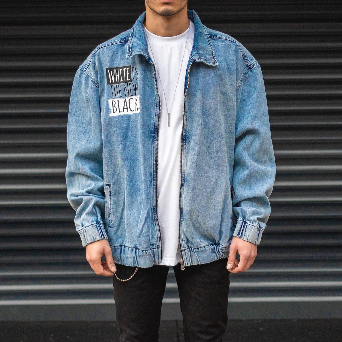 """Men's """"White Is The New Black"""" Text Detailed Denim Jacket With Elastic Wristband"""