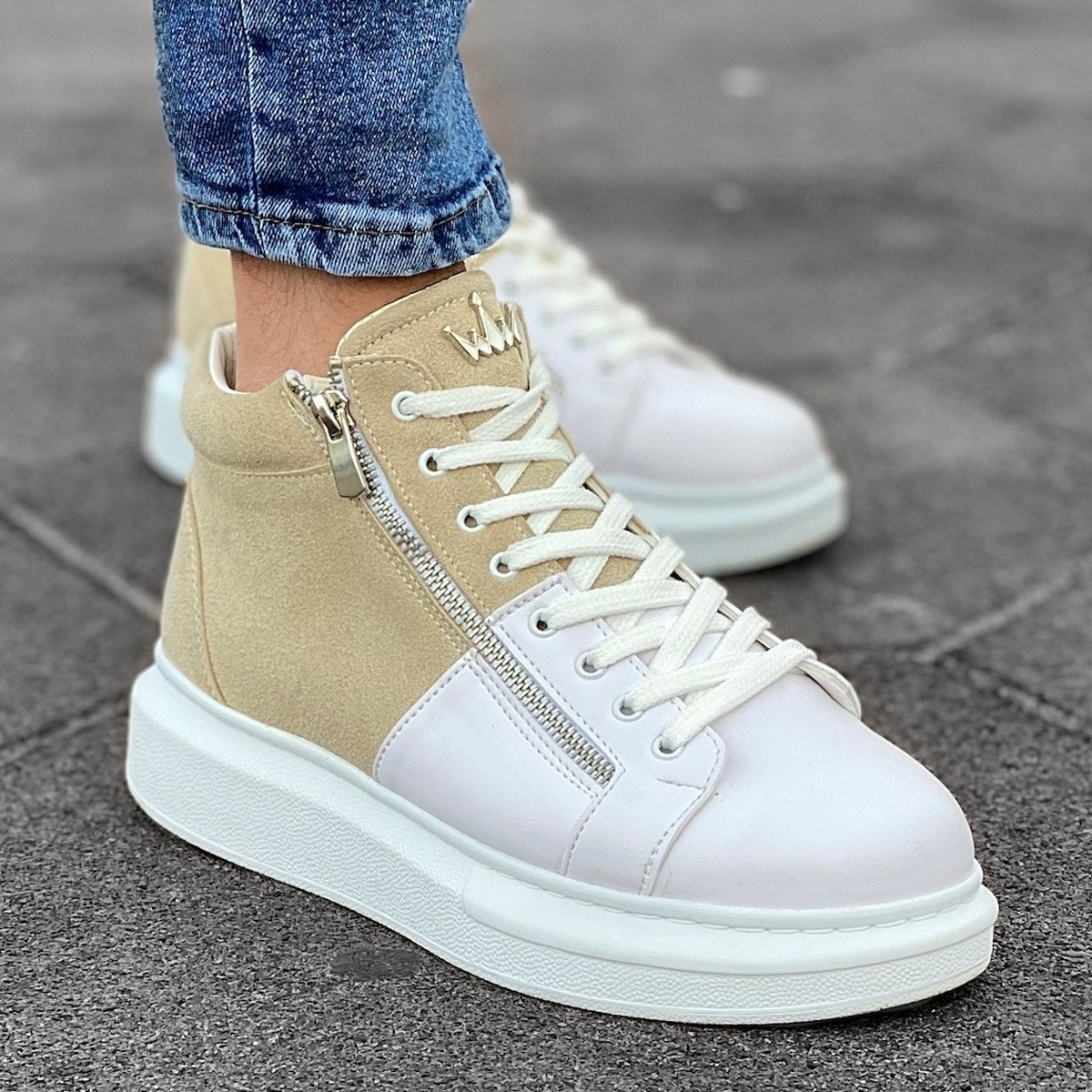 Hype Sole Zipped Style High Top Sneakers in Cream-White