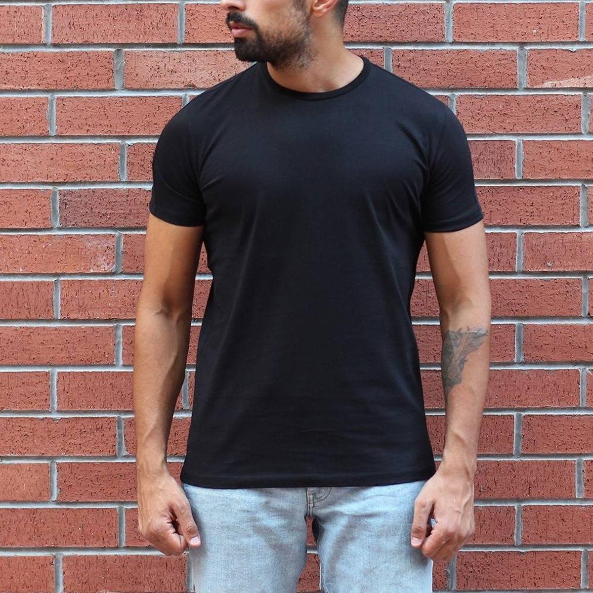 Herren Basic T-Shirt mit rundem Kragen in schwarz