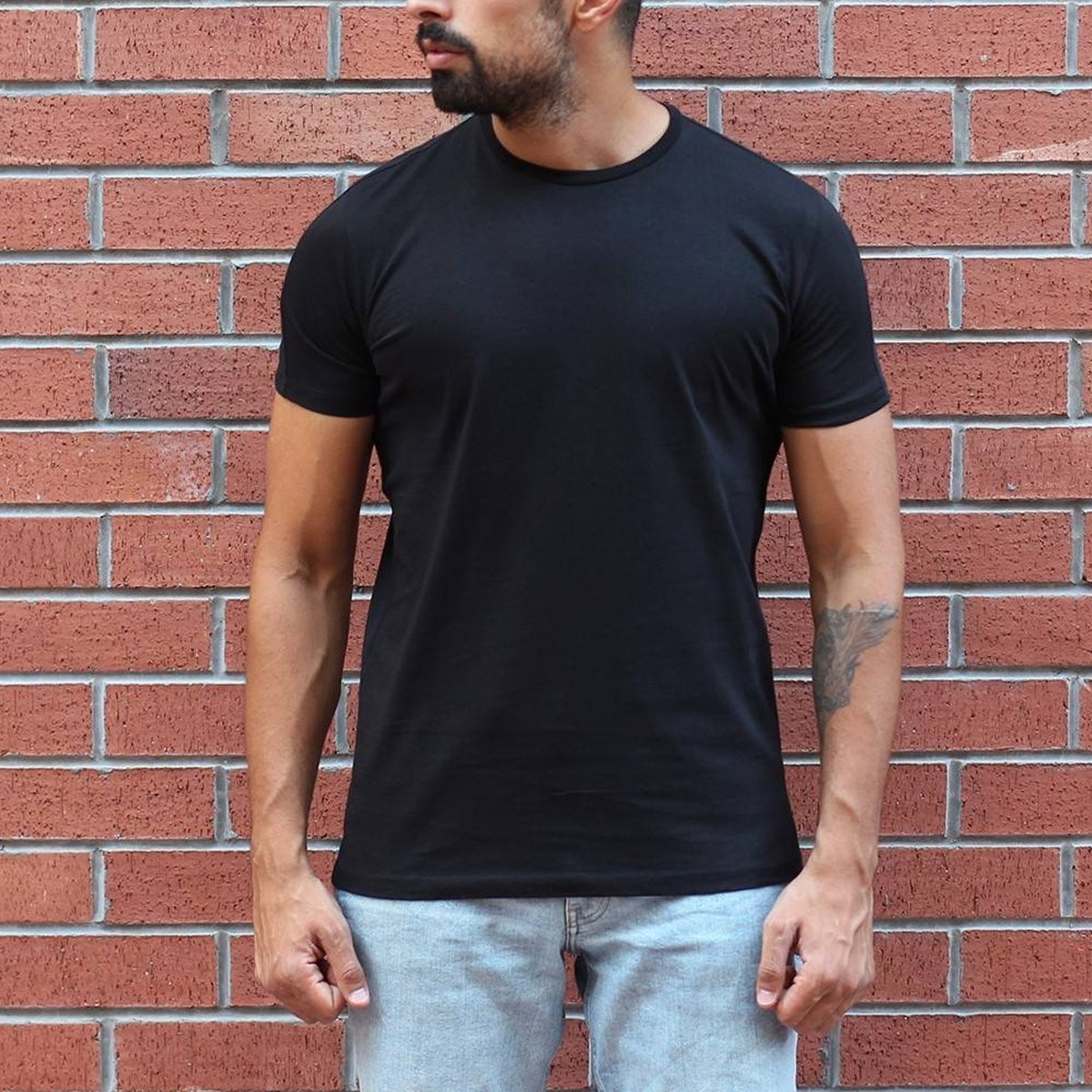Men's Round Neck Stylish Basic T-Shirt Black