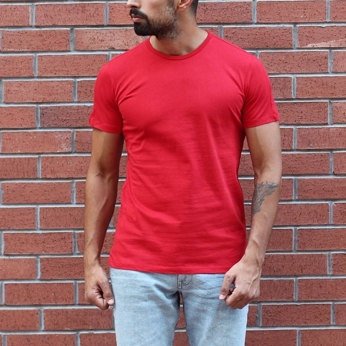Men's Round Neck Stylish Basic T-Shirt Red