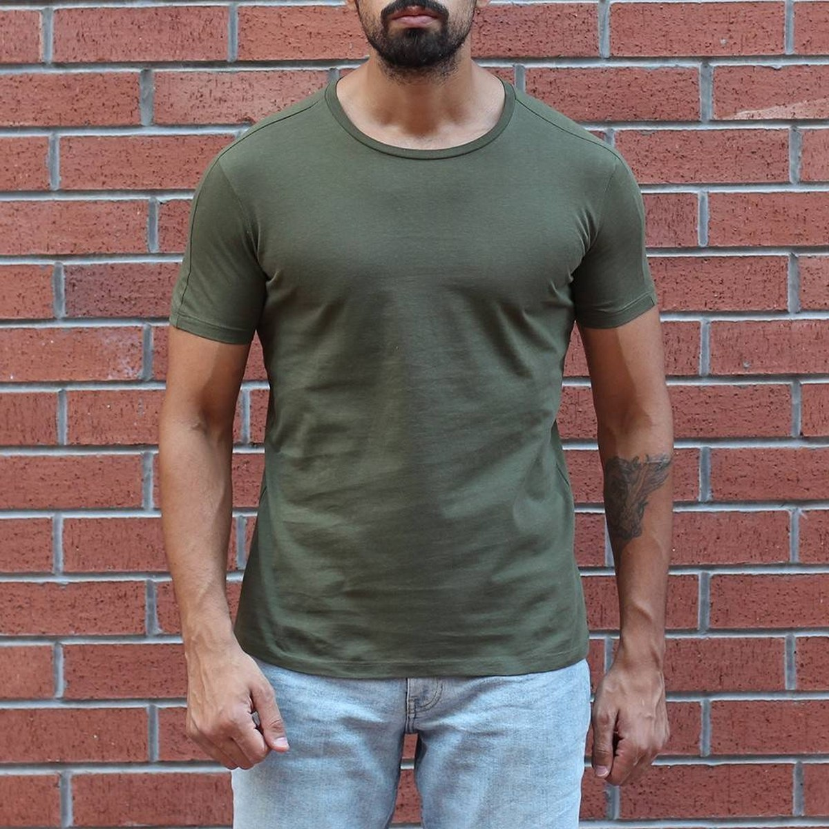 Men's Round Neck Stylish Basic T-Shirt Khaki