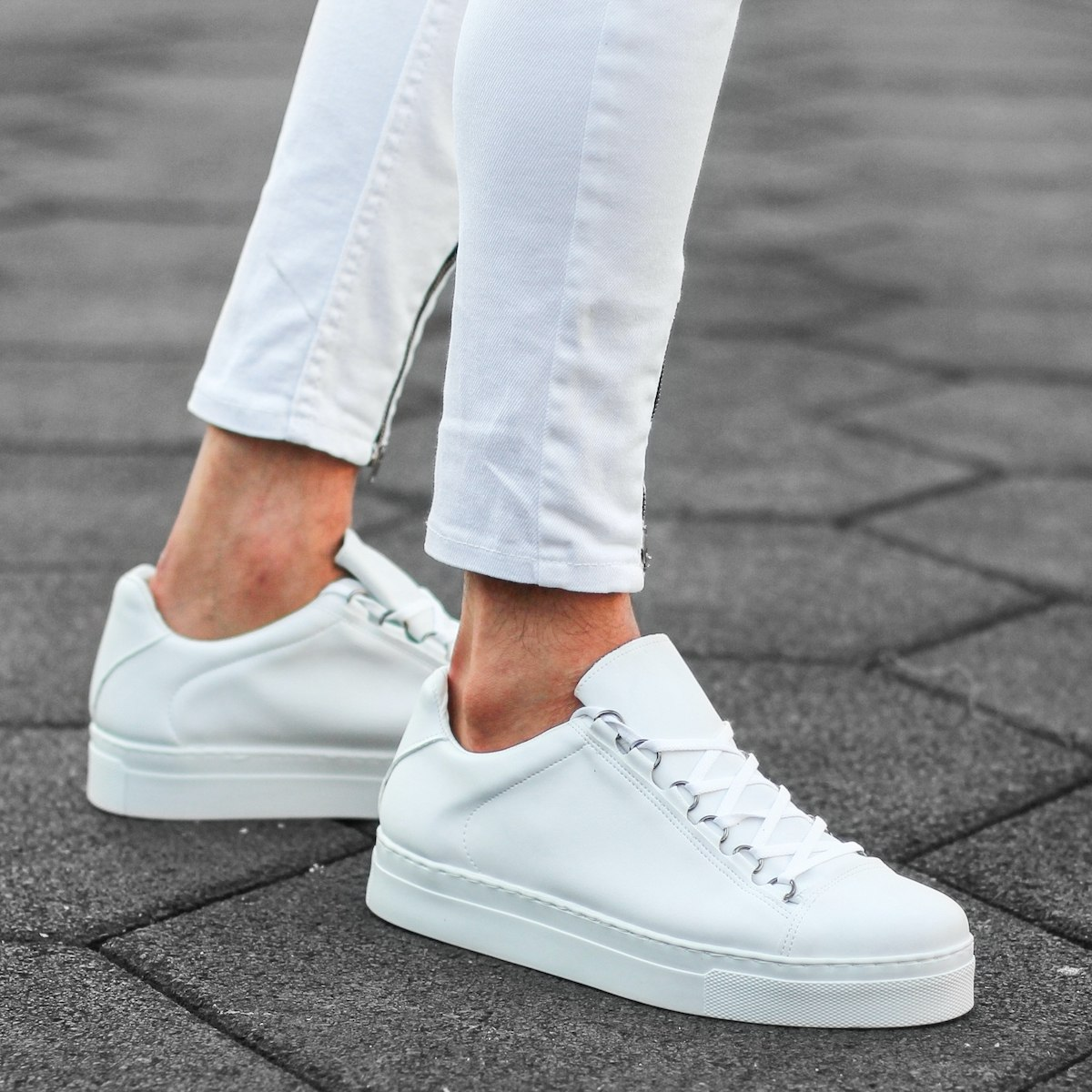 Mox High Sole Sneakers in Pure White