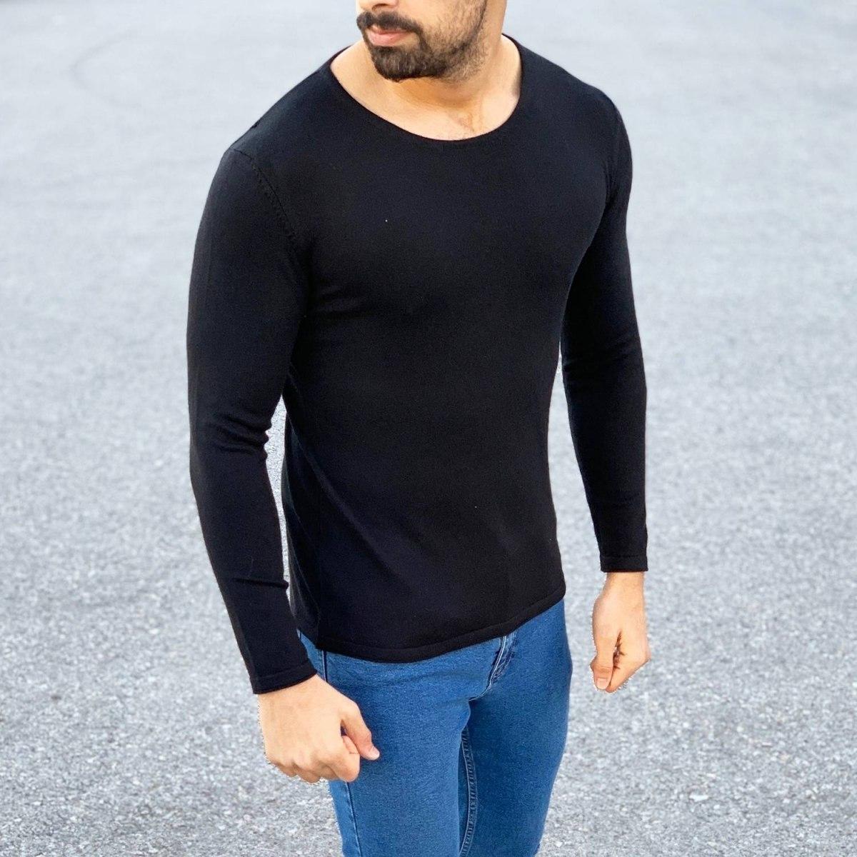 Round-Neck Slim-Fit Sweater in Black