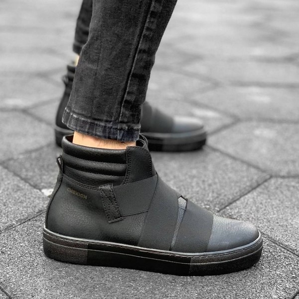 Banded High Top Sneakers in...