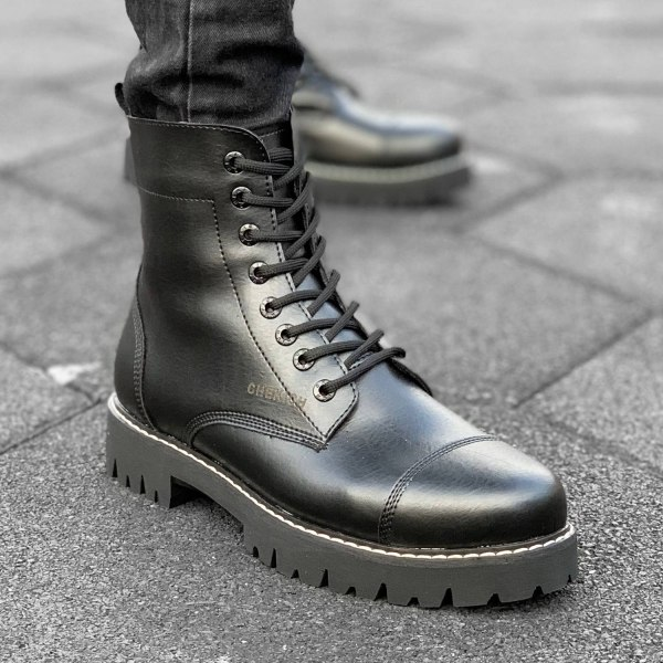 Gentlemens Military Boot in...