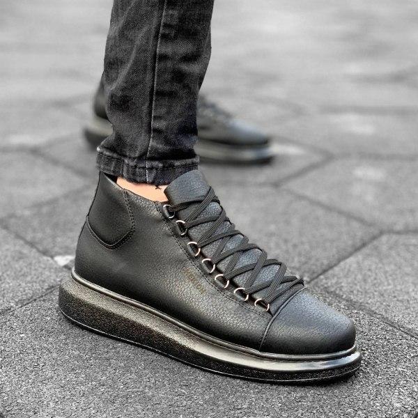 Premium Sneaker in Schwarz