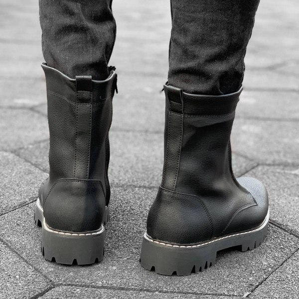 Lace-less Military Boot in...
