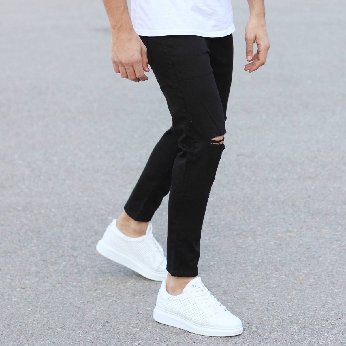 Black Loose-Fit Jeans With...