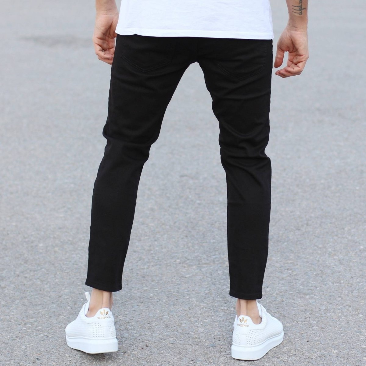 Black Loose-Fit Jeans With Knee-Holes Mv Premium Brand - 3