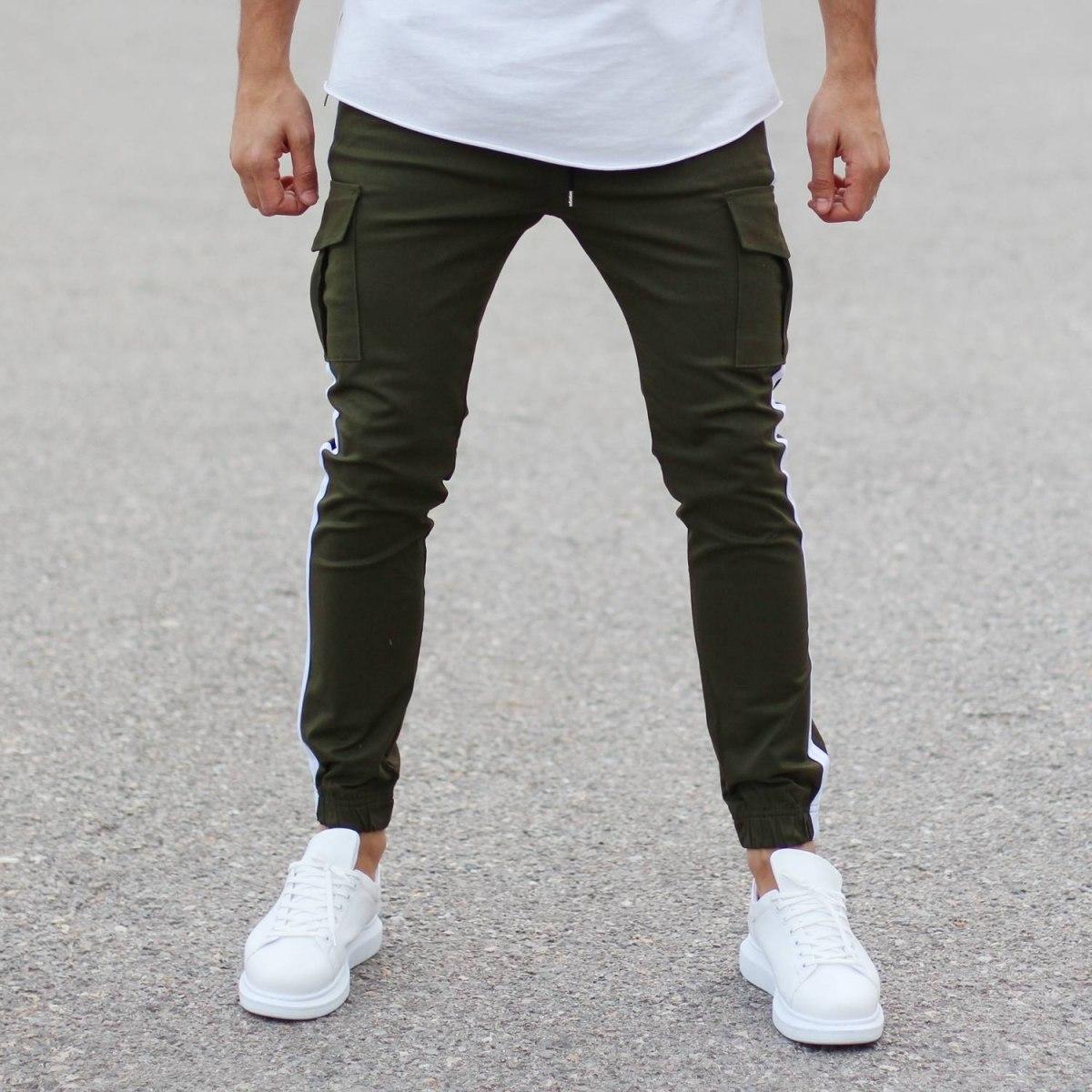Khaki Pants With Larage...