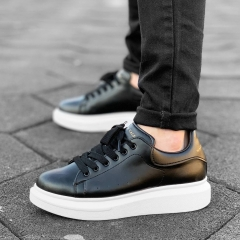 Hype Sole Sneakers in Black-White - 4