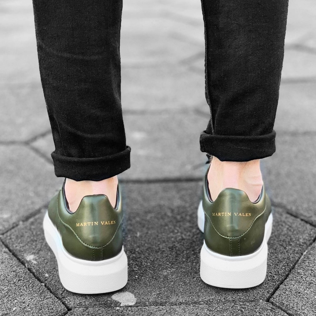Hype Sole Sneakers in Khaki-White - 5