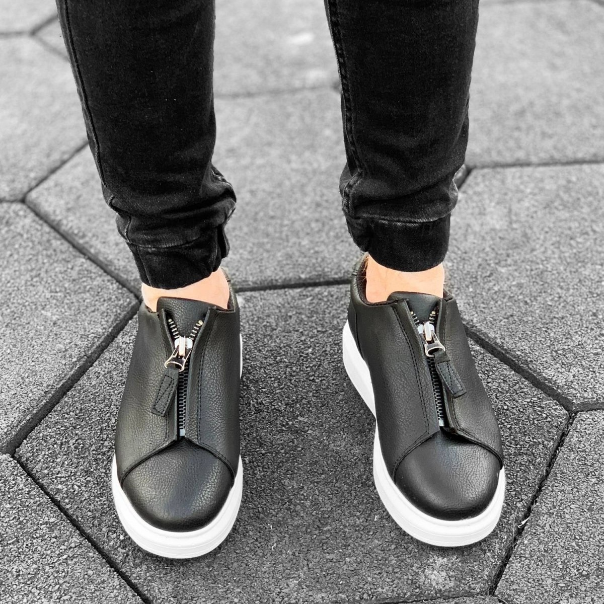 Zip-Up Sneakers in Black&White