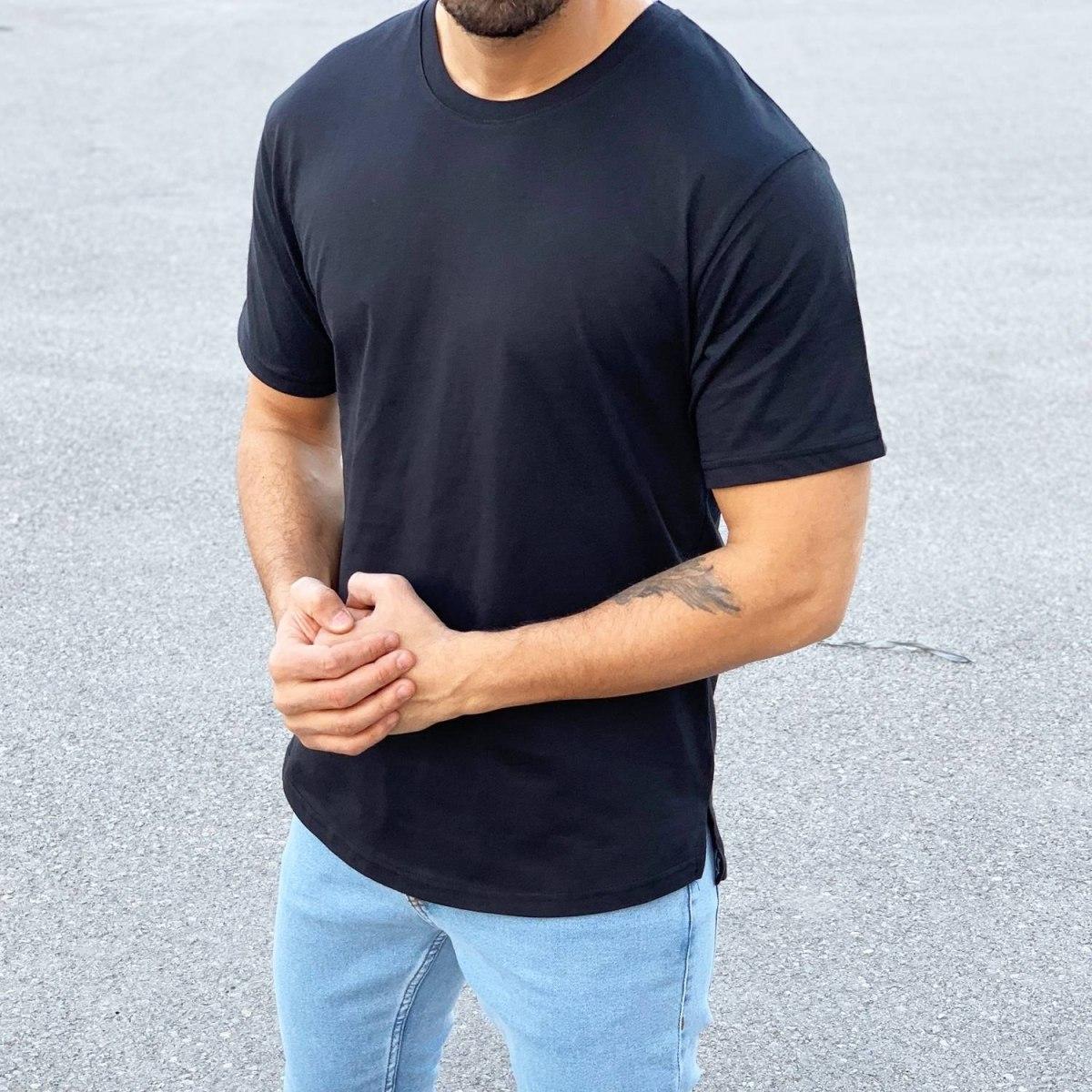 Men's Basic Round Neck T-Shirt In New Black