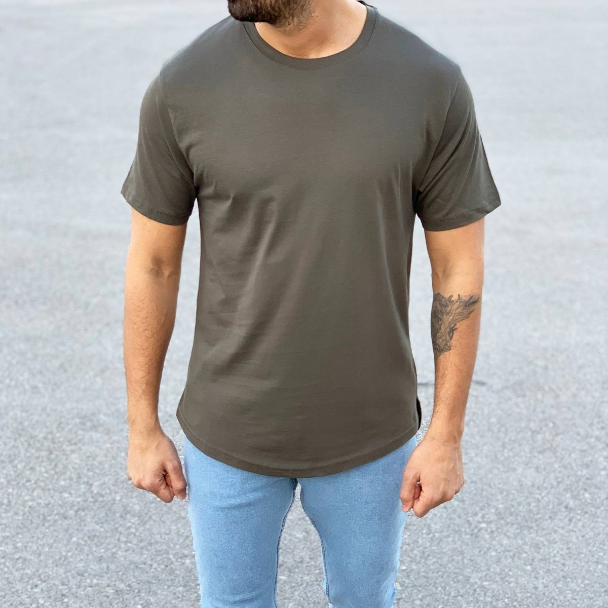 Men's Basic Round Neck T-Shirt In New Khaki