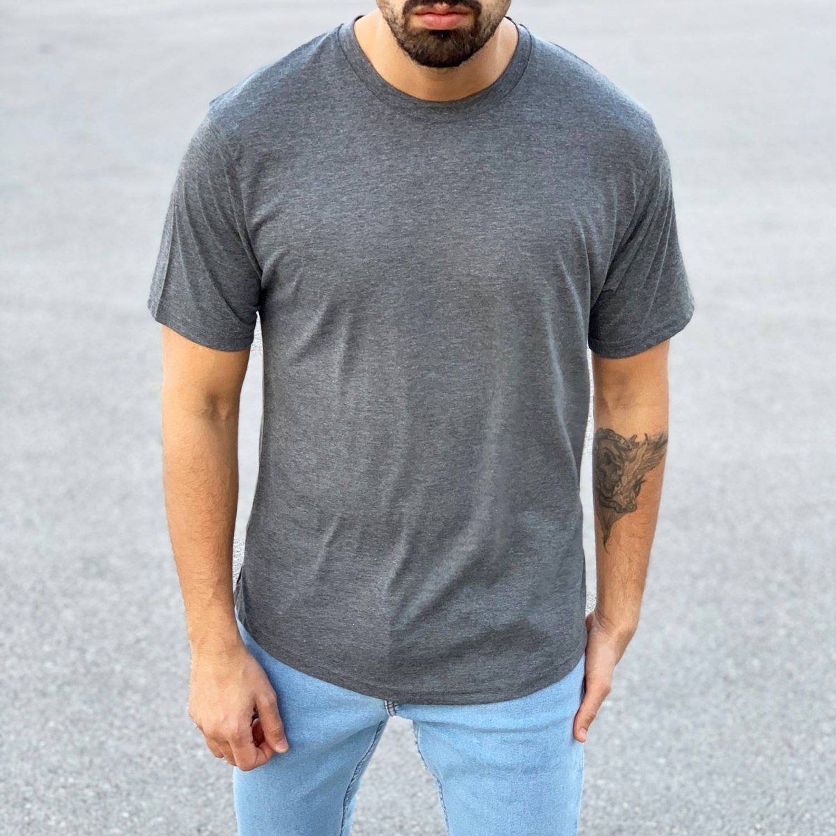 Men's Basic Round Neck...