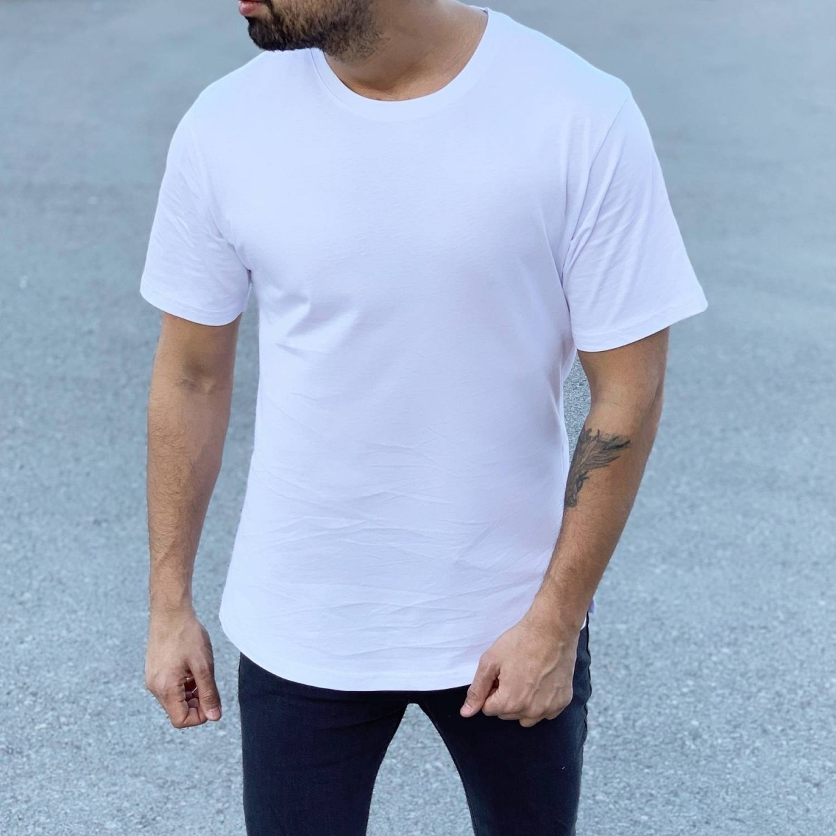 Men's Long Basic Round Neck T-Shirt In New White Mv Premium Brand - 1