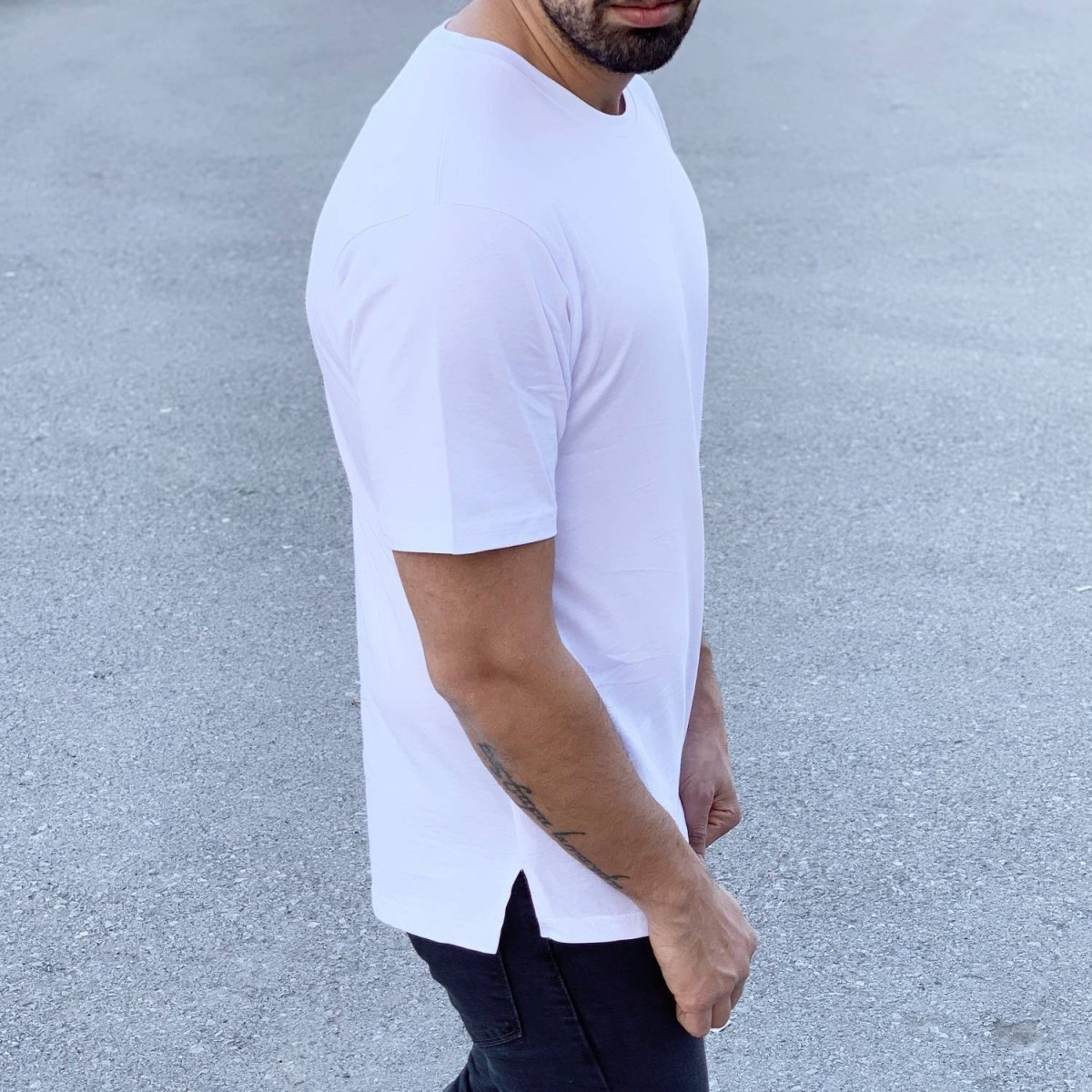 Men's Long Basic Round Neck T-Shirt In New White Mv Premium Brand - 2
