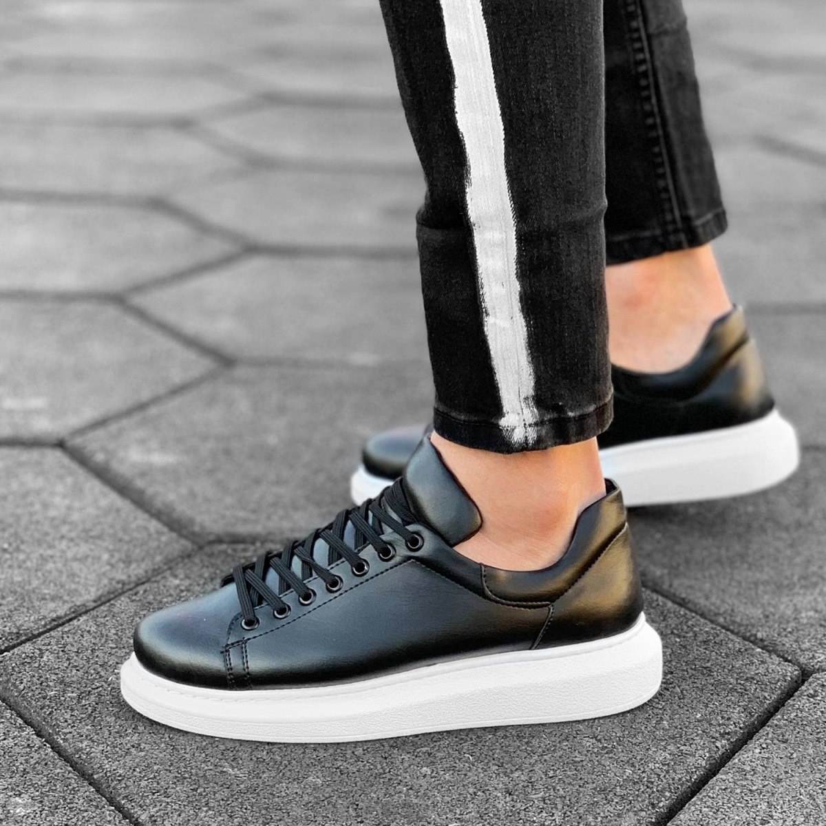 MV Mega Sole in Matte Black&White Sneaker MV Sneaker Collection - 3