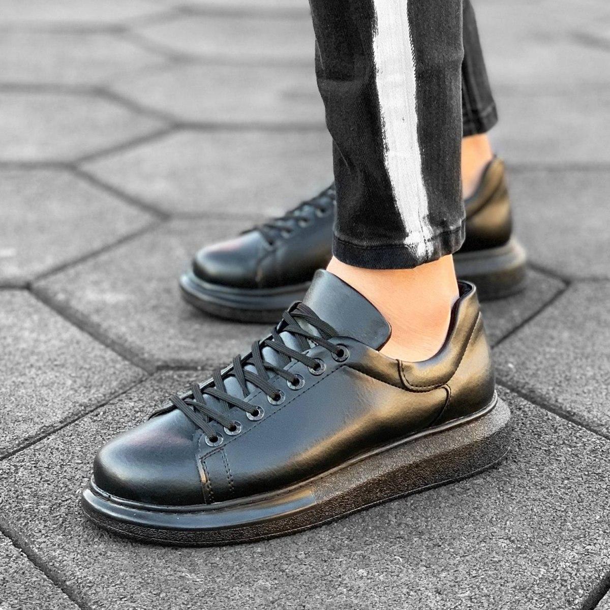 MV Blackout Sneaker in...