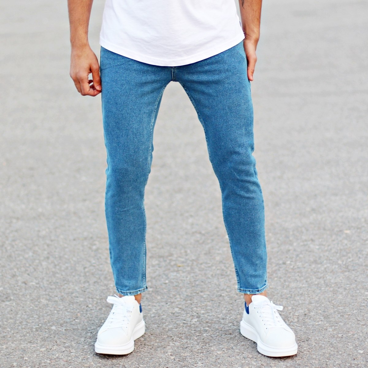 Men's Basic Fit Jeans In Blue
