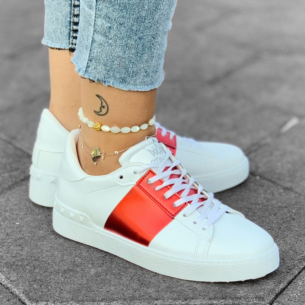 Martin Valen Women's Red Striped Lace-up Sneakers White