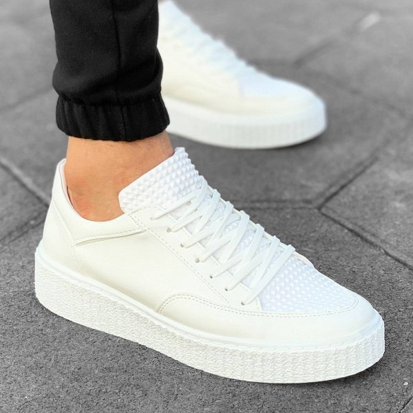 Street-Pump Sneakers in White